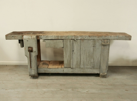 Fabulous Grey Workbench