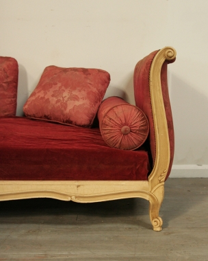 Louis 15 Style Daybed
