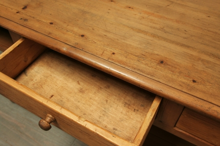 French Pine Draper's Table